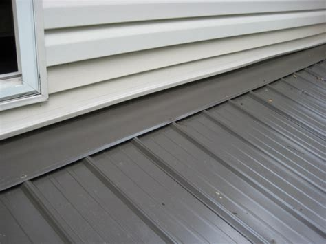 vinyl siding  pitched porch roof   secure