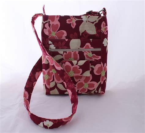 free pattern hipster bag friday spotlight tracey s hipster handbag sewcanshe