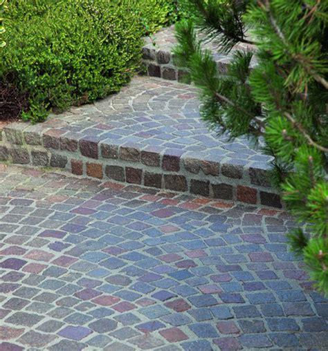 terrasse pflastersteine pflastersteine beton und naturpflaster materialien im