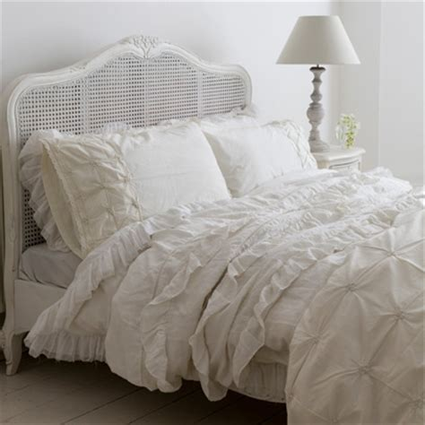bed linen uk layering bedlinen