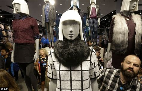 Primark To Hit Oxford by Primark Launches In The Us With Clothing That Averages