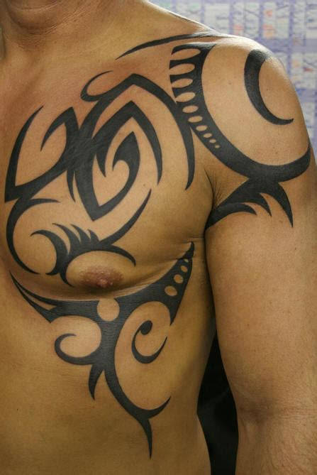 tattoo pictures for your shoulder black tattoo on shoulder