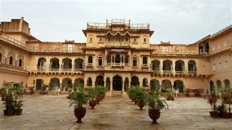 bookmyshow jaipur living place picture of chomu palace hotel chomu