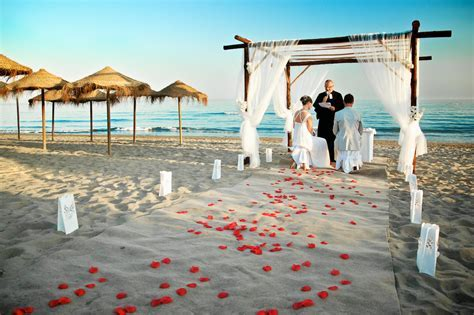 Wedding Destinations: Beach Weddings