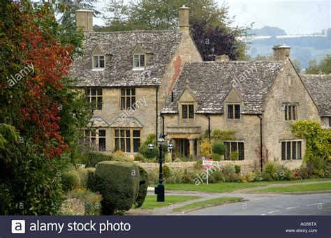 Cotswolds Cottages For Sale by Detached House For Sale In Cotswold Of Chipping