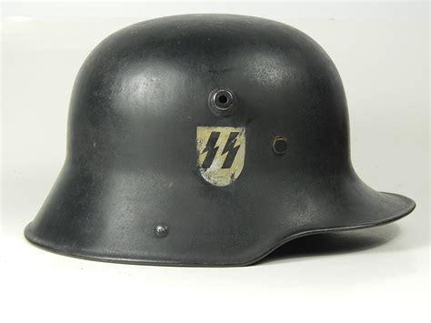 Motorradhelm Ww2 by Understanding Wwii German Helmet Insignia Alexander And