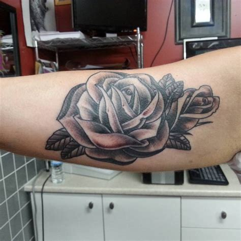 tattoo black and grey quebec black and grey rose tattoo adrenaline ouest mathieu samson