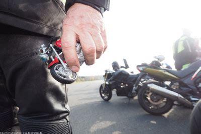 Motorrad Sicherheitstraining Frankfurt by 09 04 2016 Sicher Ist Sicher Motorradfreunde Machen Ein