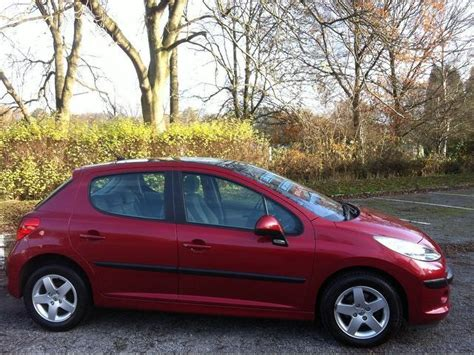 peugeot 207 red used peugeot 207 2006 red colour petrol 1 4 16v se 5 door