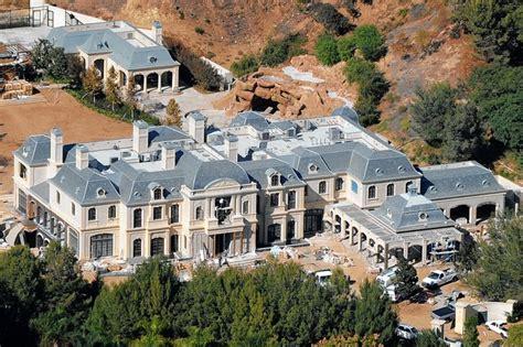 Big Mansion Floor Plans L A S Star Studded Neighborhood Wsj