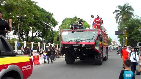 suara sirene mobil comando pemadam kebakaran youtube