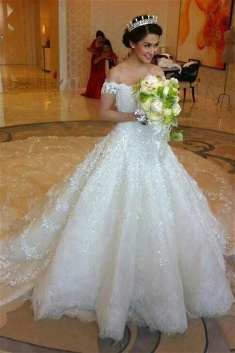 Latest Off Shoulder White Ball Gown Wedding Dress Popular Lace Court Train Bridal Gowns Ball