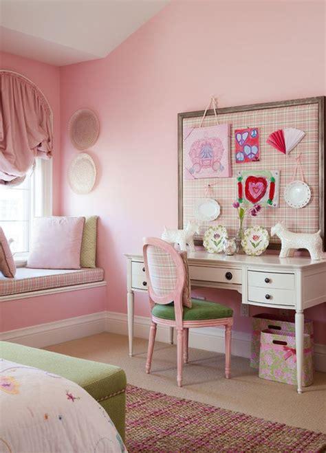 dipped  bubblegum monochromatic rooms