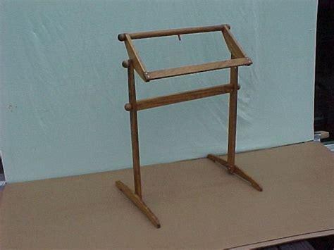 make rug hooking frame 63 best m 233 tiers 224 broder images on punch needle rug hooking and rug