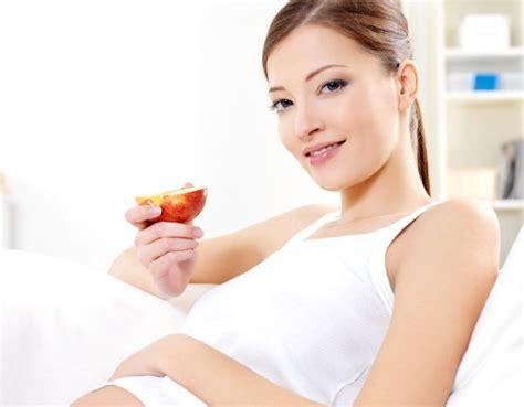 alimentazione corretta in gravidanza alimentazione e gravidanza mamma felice