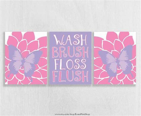 purple bathroom wall decor best 25 purple bathrooms ideas on pinterest purple