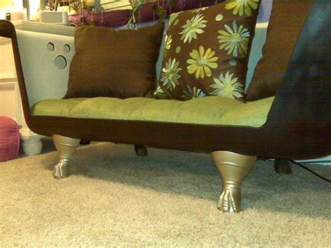 clawfoot bathtub couch 1926 clawfoot tub couch cabin pinterest