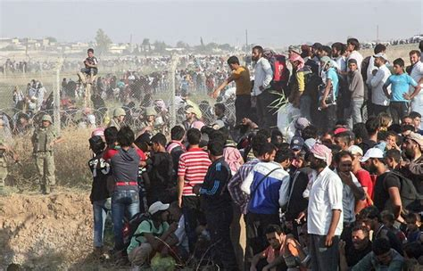 Imagenes Impactantes Refugiados | impactantes im 225 genes miles de sirios entran en turqu 237 a