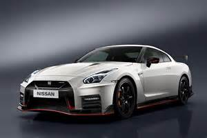 nissan unveils 2017 gt r nismo at nurburgring comes with