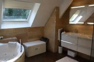conrav salle de bain sous toit en pente