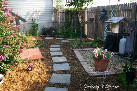 Backyard Makeover Ideas by Gardening 4 Backyard Makeover
