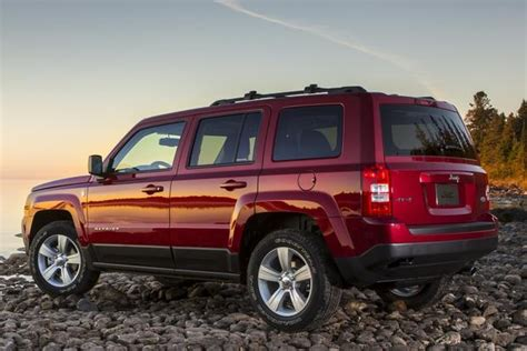 by emarketing posted in jeep jeep patriot new cars on monday 2014 jeep patriot autotrader autos post