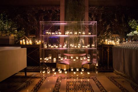 Candle Display by Plexiglass Candle Display At Outdoor Wedding Reception