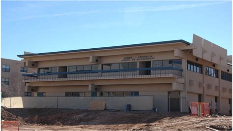 School Of Management Unm Mba by Unm Breaks Ground On New Mckinnon Center For Management