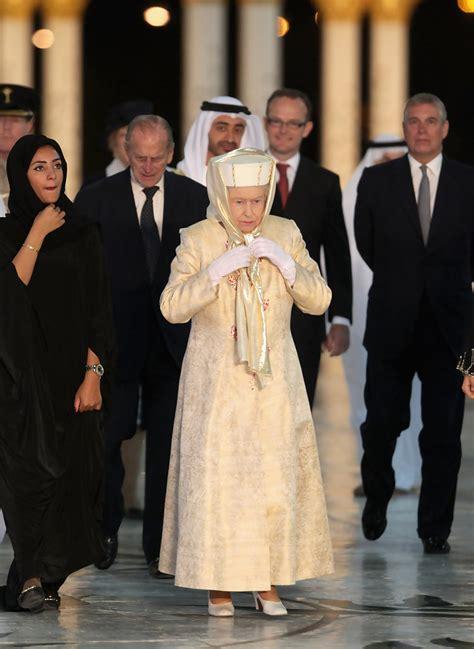 emirates queen queen elizabeth ii photos photos queen elizabeth ii and