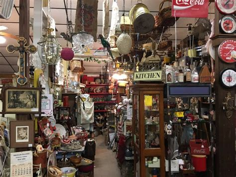 best antique shopping in texas 9 best texas cities for antique shopping tripstodiscover com
