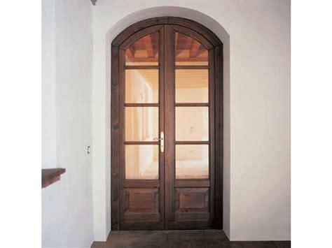 porta a doppio battente porta finestra a battente con doppio vetro in pino 68