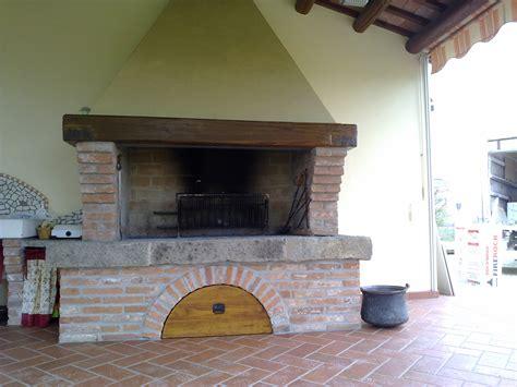 camino refrattario caminetto refrattario prodotti italfiori grill forni