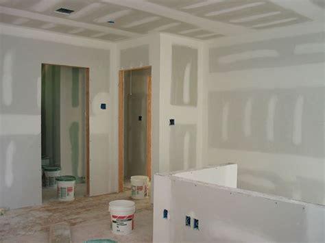stuccare piastrelle come stuccare il cartongesso cartongesso stuccatura