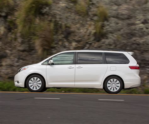 current toyota 2017 toyota sienna current review release date
