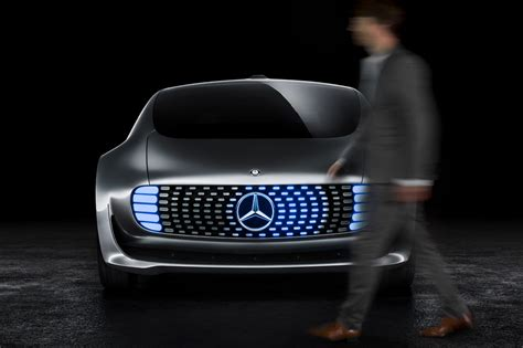 Lu Led Eagle Eye Motor mercedes f 015 luxury in motion concept