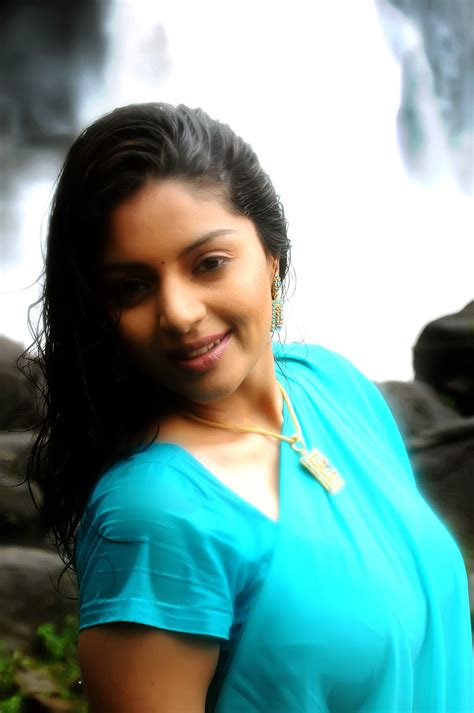 new blue filum sikci com malayalam movie actress sanam latest wet blue saree