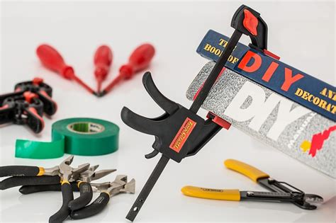 7 Handyman That I Should by 7 Handyman Tools Every Homeowner Should Own Houses For