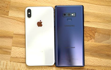 smackdown comparing the iphone xs max versus the samsung galaxy note 9