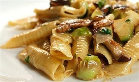 piatti veloci da cucinare per cena ricette facili e veloci per una cena con gli amici donne