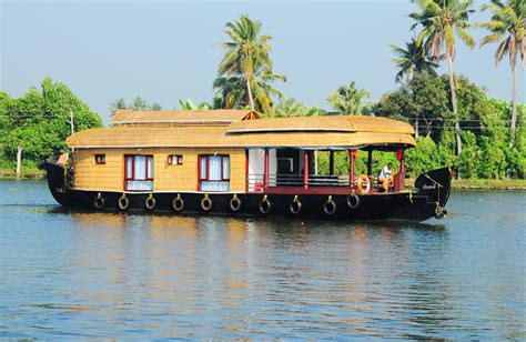 boat house alleppey 1 bedroom alleppey houseboat reviews and booking online