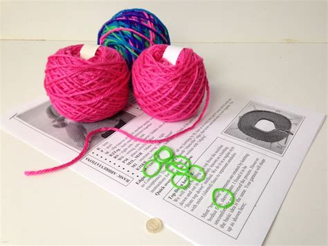 Set Knit 13 northern lights sweater set knitting kit knit n play