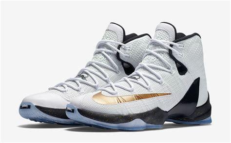 Sepatu Basket Nike Lebron 13 Elite nike lebron 13 elite gold kicks slamonline