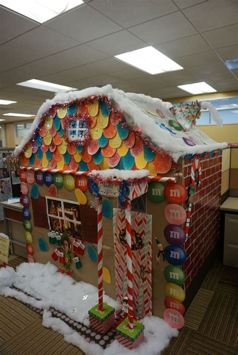 christmas cubicle decorating contest ideas we had a cubicle decorating contest at work our bread house won for quot most
