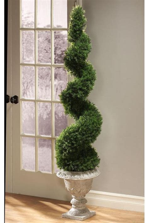 Pin By Katie On D R E A M H O M E Pinterest Front Door Topiary