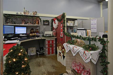 cubicle holiday decorating contest themes cubicle decorations letter of recommendation