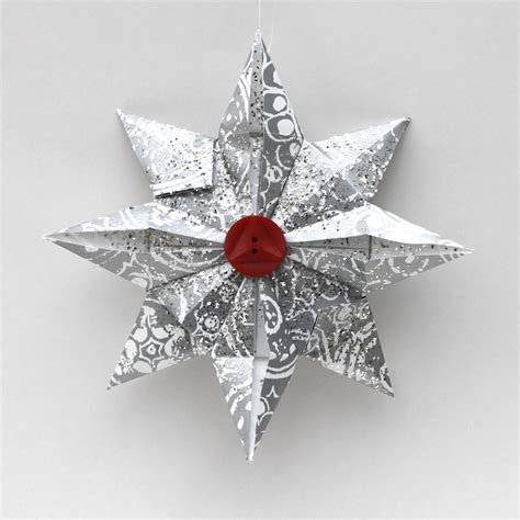 Make Paper Ornament - ornament advent day 16 origami the crafty