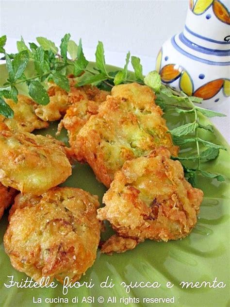 fiori di menta frittelle di fiori di zucca ricetta golosa