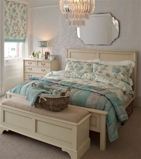 laura ashley bedroom design ideas pin by daisy beggiato d 225 vila corr 234 a on quot enxovais