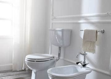 water con cassetta a zaino vaso e bidet sanitari wc sanitrit e rubinetteria giulini