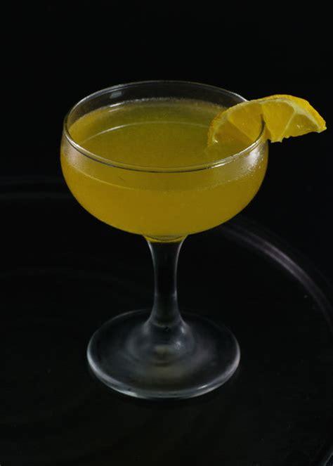 Income Tax Cocktail | Tuxedo No.2 Atkins Shake Recipes